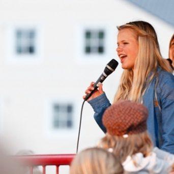 Aina R. Eftesøl